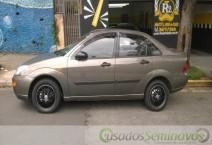 Focus Sedan 2.0 16V/ 2.0 16V Flex 4p  2001/2001